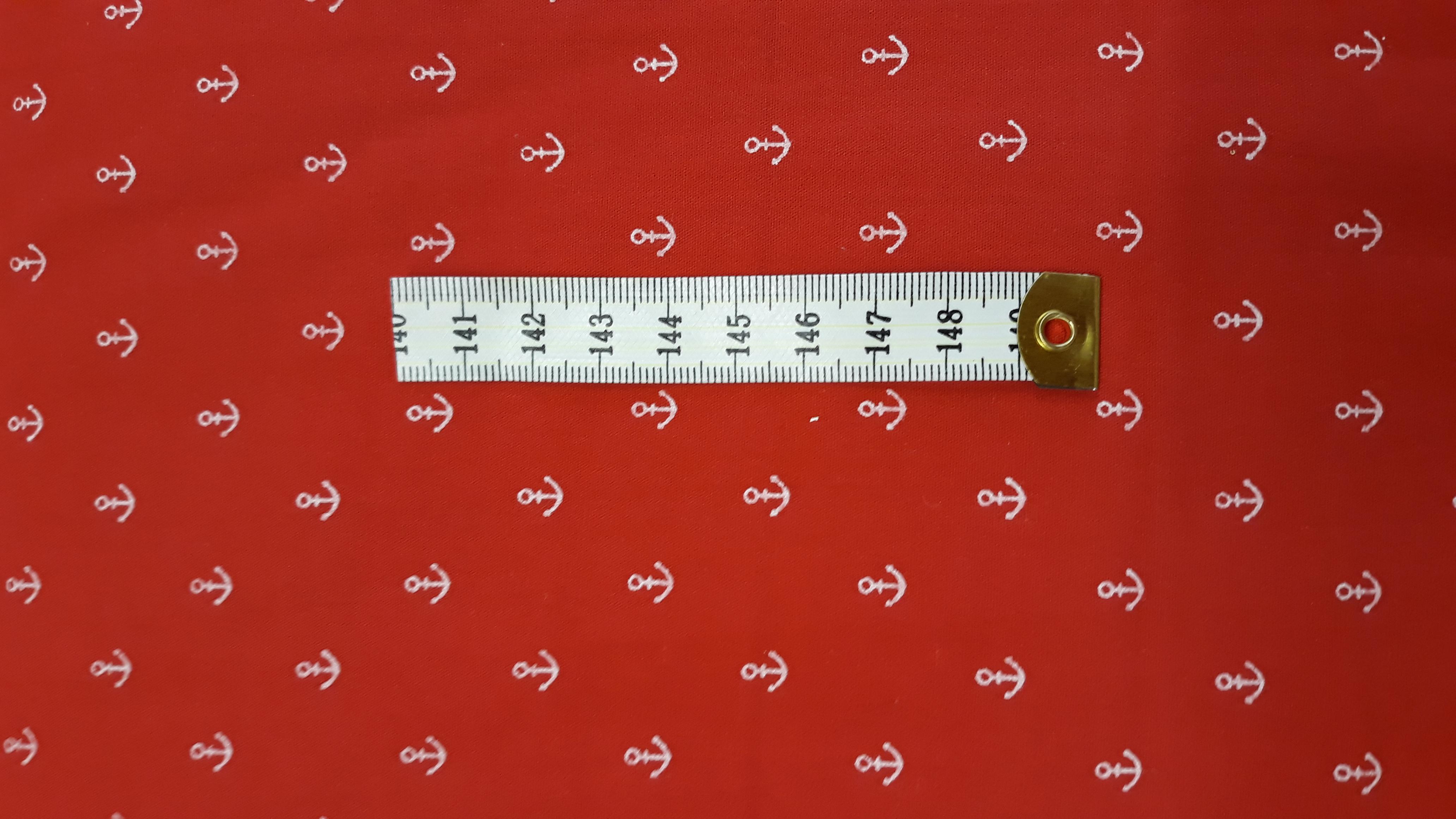 e1ab35b124b3 bílé kotvičky na červené empty